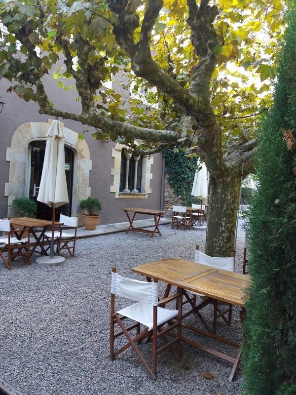 sa-rascassa-courtyard